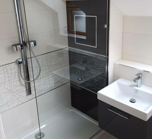 Wetroom Tiling in Dublin Kildare, Meath and Wicklow. Robert E Lee tiling contractors